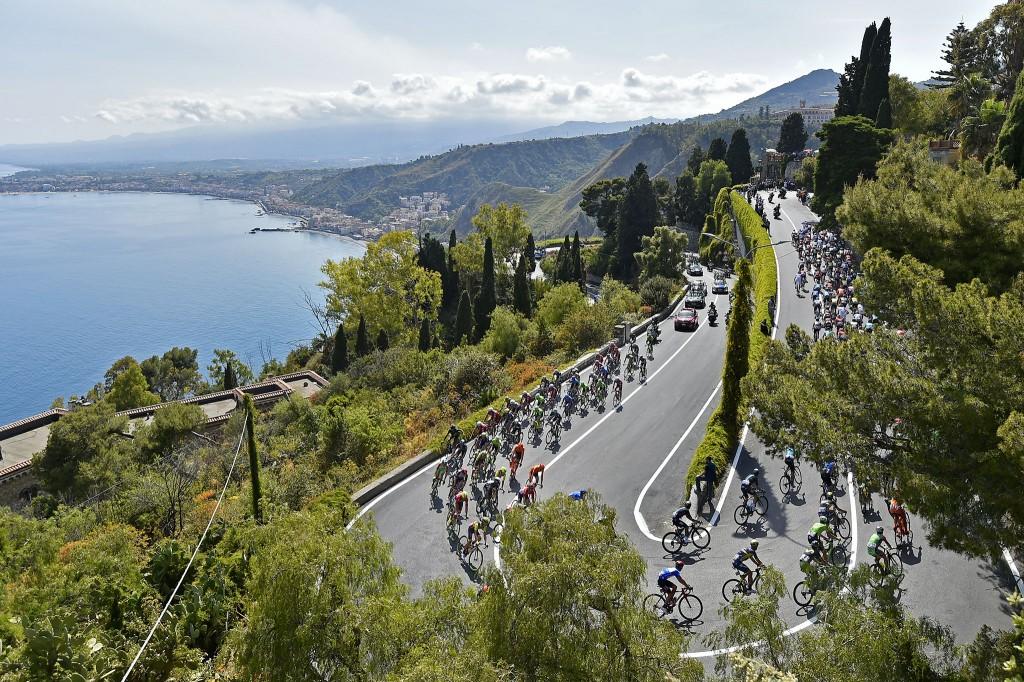 Giro d'Italia 100, l'ascesa a Taormina del 10 maggio, clicca e vedi il video
