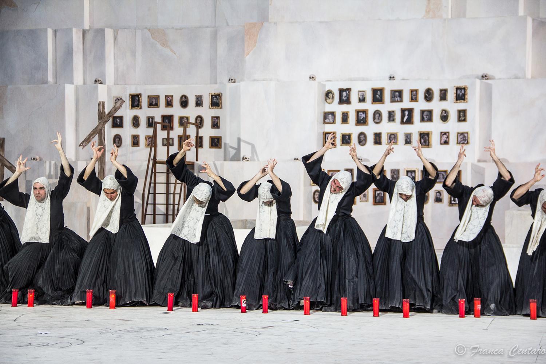 Il coro - ph Franca Centaro
