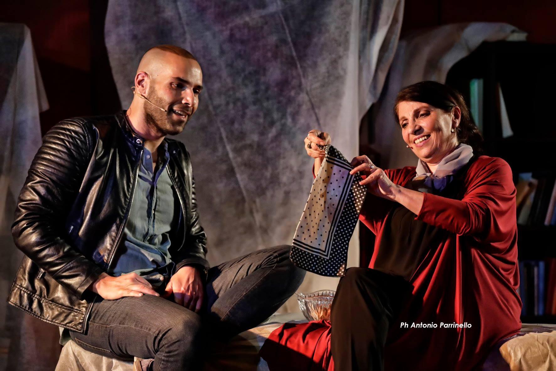 Luigi Tabita e Lucia Sardo in La rondine