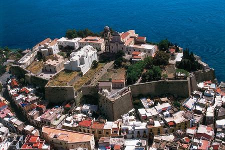 Castello e parco archeologico di Lipari, foto di Luigi Nifosì