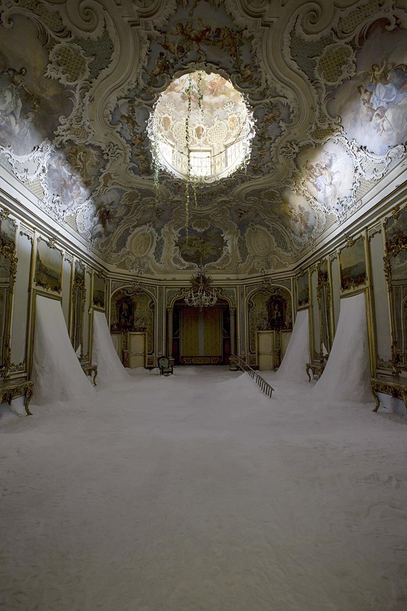 Il mio cuore è vuoto come uno specchio di Gian Maria Tosatti a Palazzo Biscari di Catania