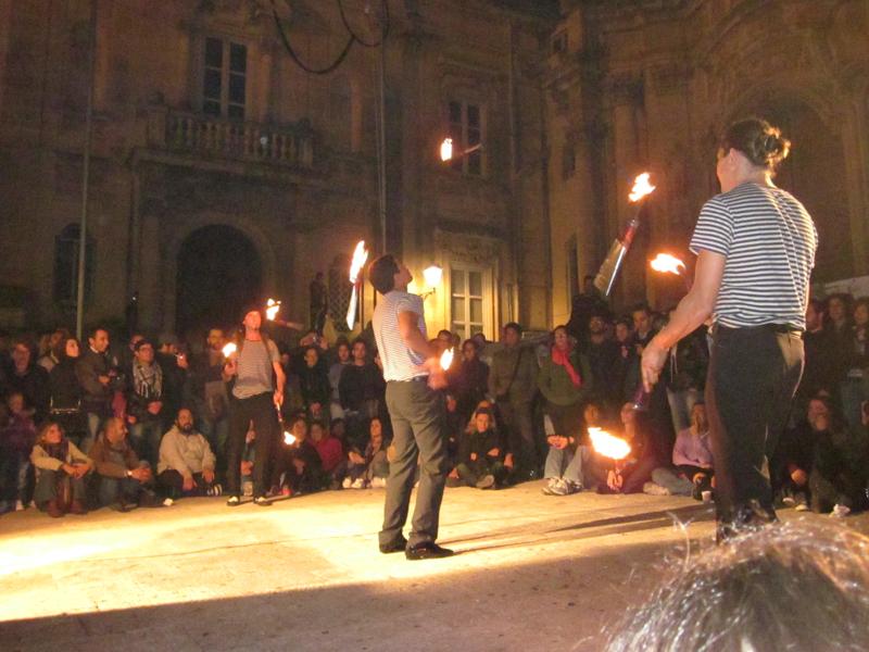 Ibla Buskers, torna il grande circo a cielo aperto