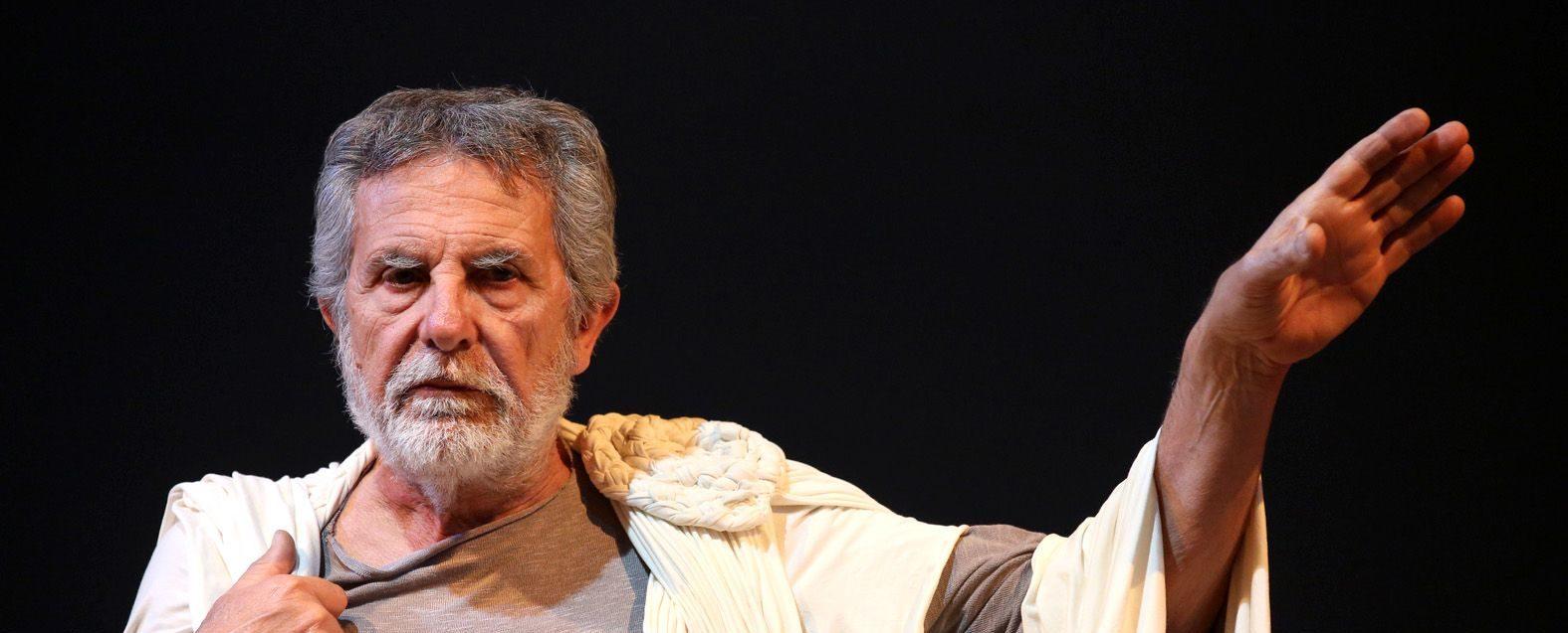 A Catania Pippo Pattavina è il Socrate di Vincenzo Cerami