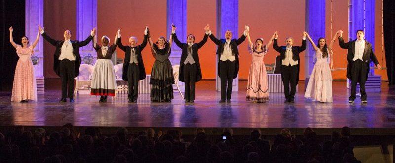 Con Idonea <i>La zia di Carlo</i> vira al musical