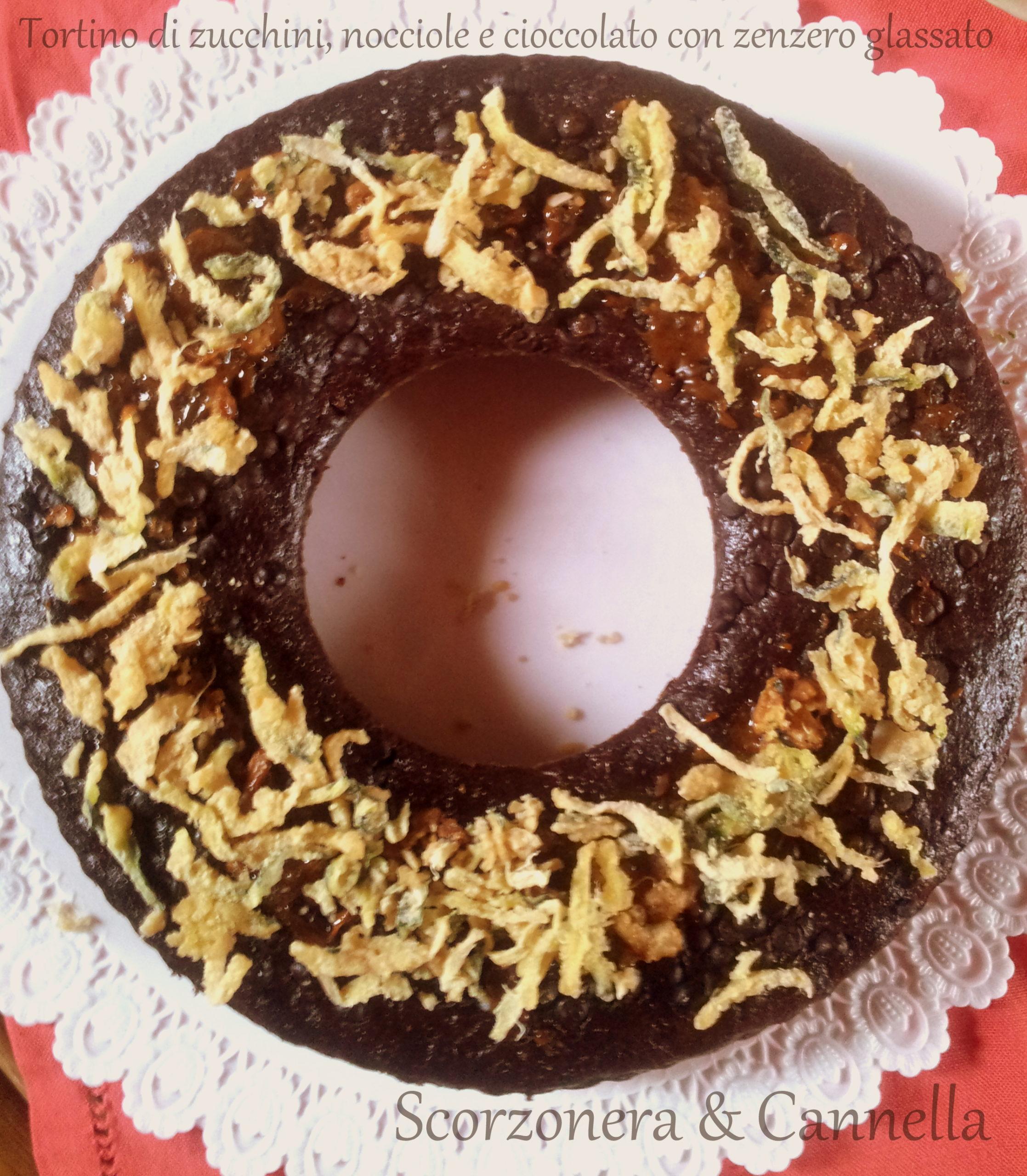 Torta di zucchine con cioccolato, nocciole e zenzero glassato