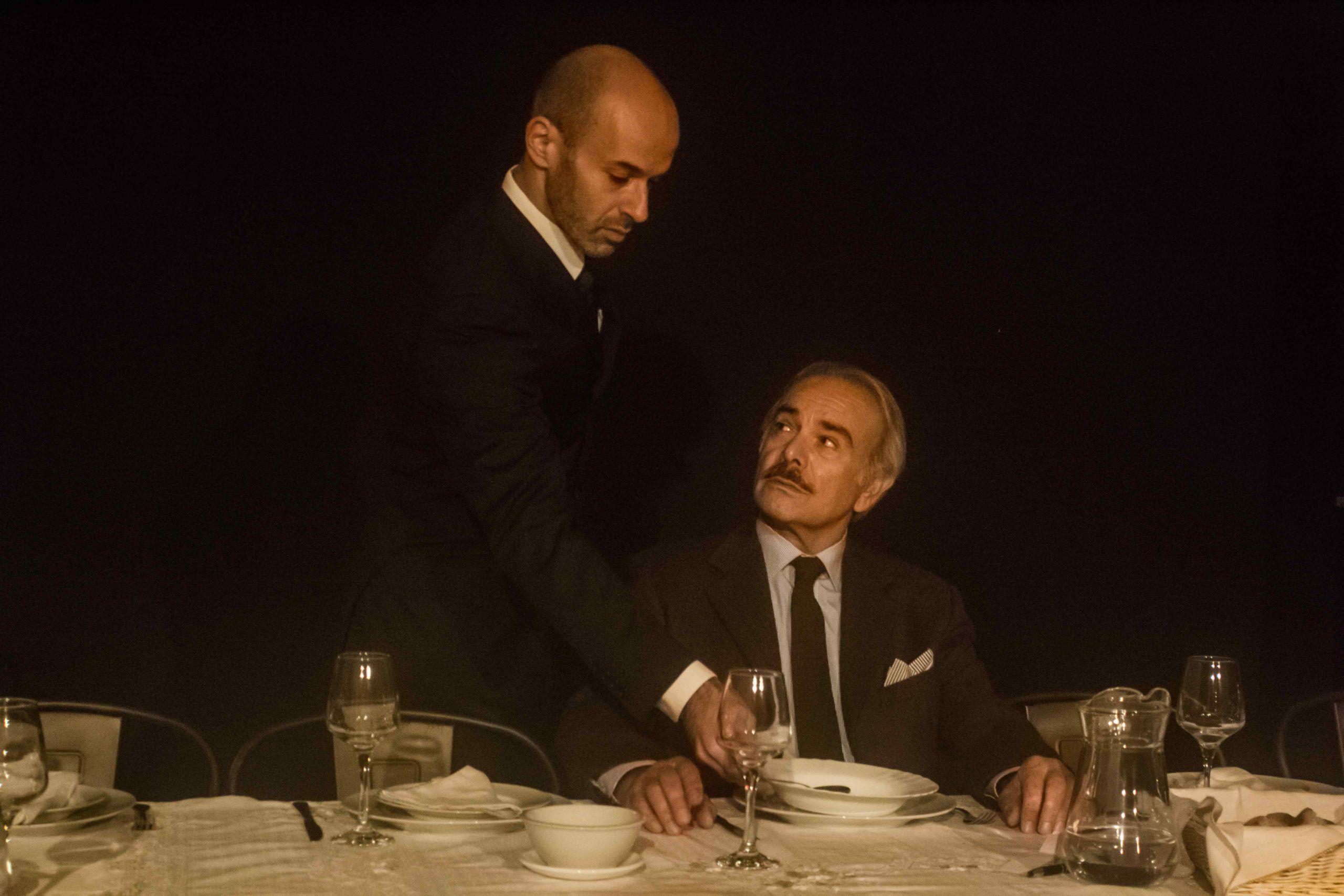 """""""La cena"""", quando il pubblico è testimone di un gioco psicologico"""