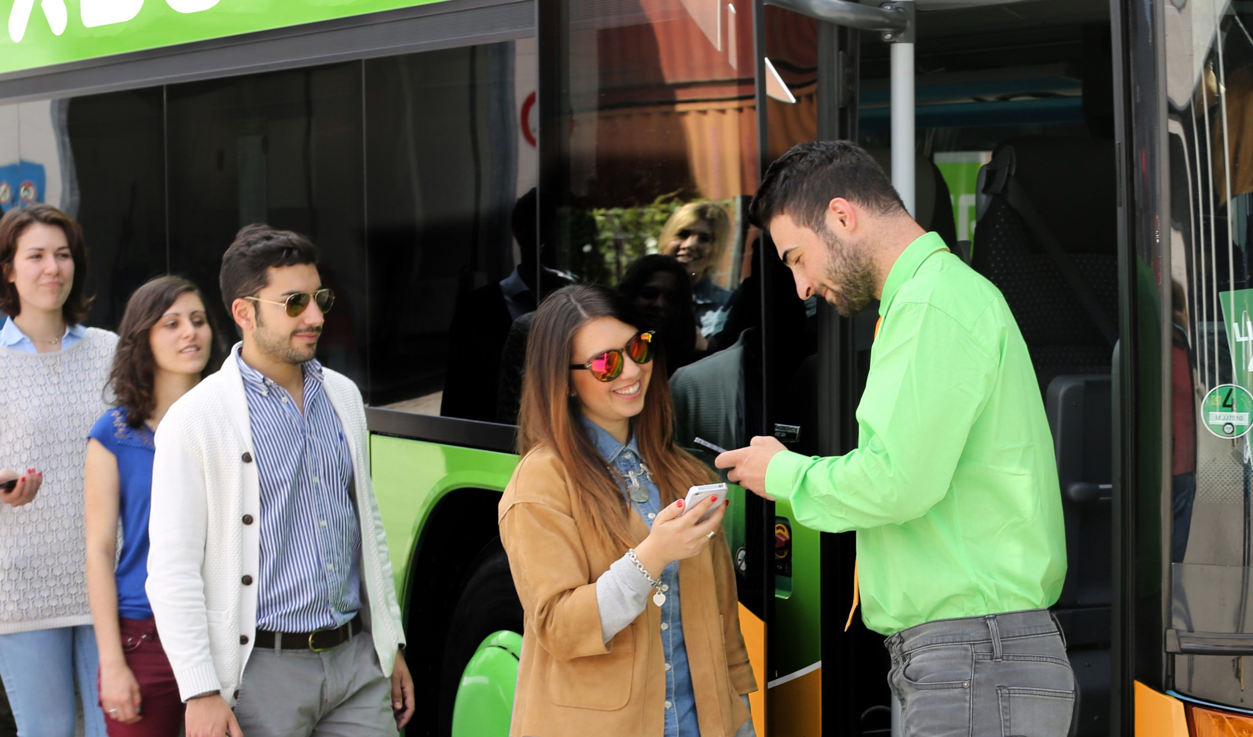 FlixBus sbarca in Sicilia e la collega al resto d'Italia
