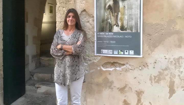 Debora Pluchino, il libero volo dell'arte dal sogno al colore