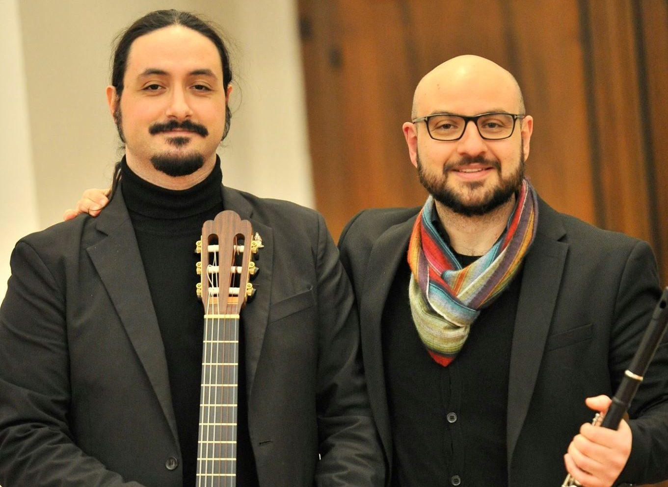 Scam, lezione-concerto per le scuole del chitarrista Davide Sciacca e del flautista Domenico Testaì