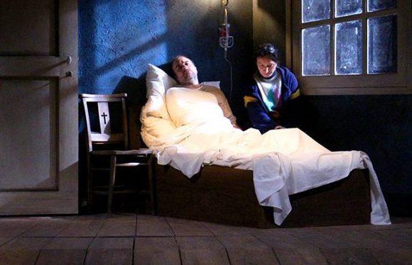 """""""Misery"""", thriller (moderatamente) horror che a teatro si affranca da libro e film"""