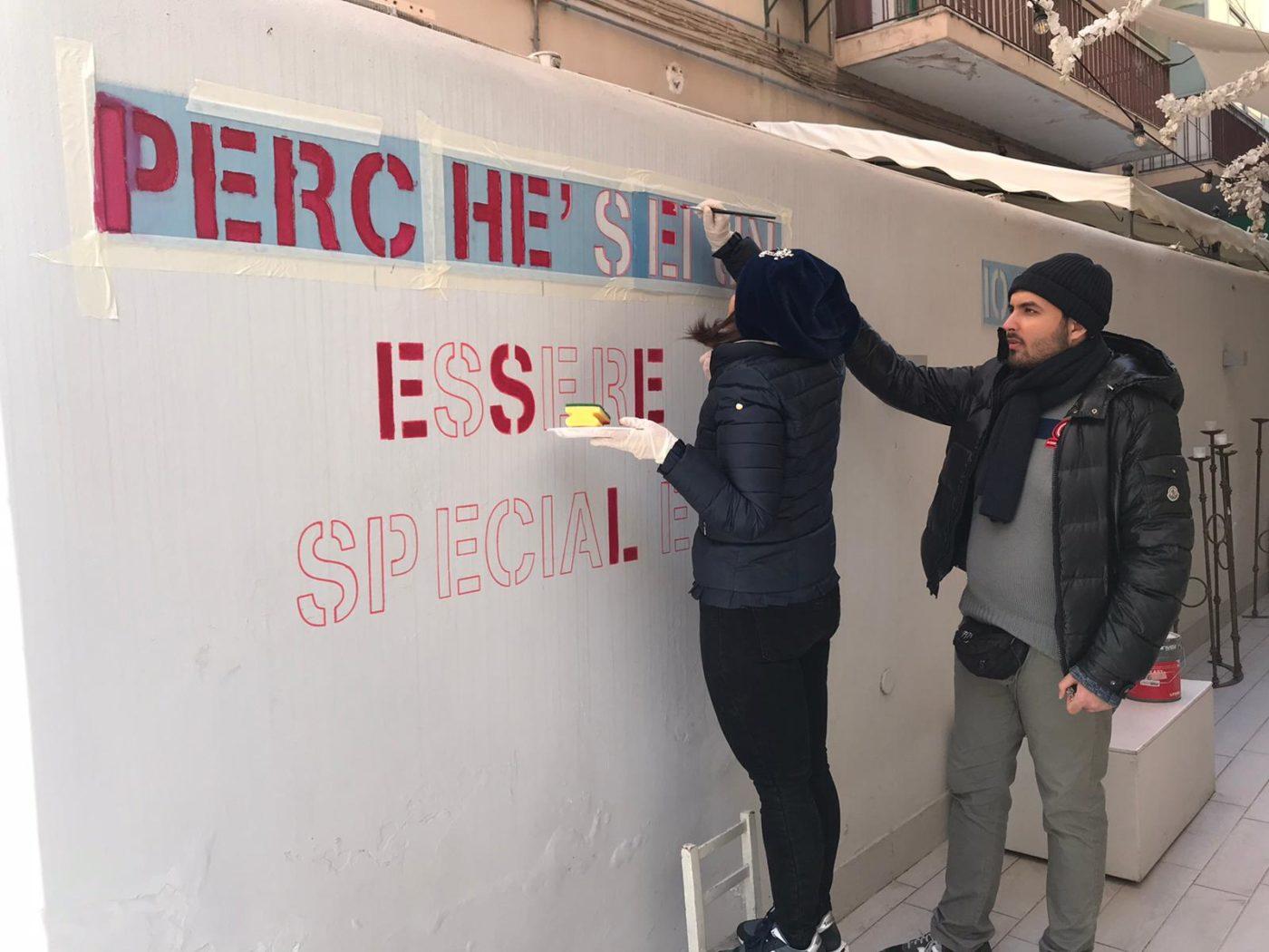 """Il muro delle donne, in Via Monfalcone l'iniziativa che """"lascia il segno"""""""
