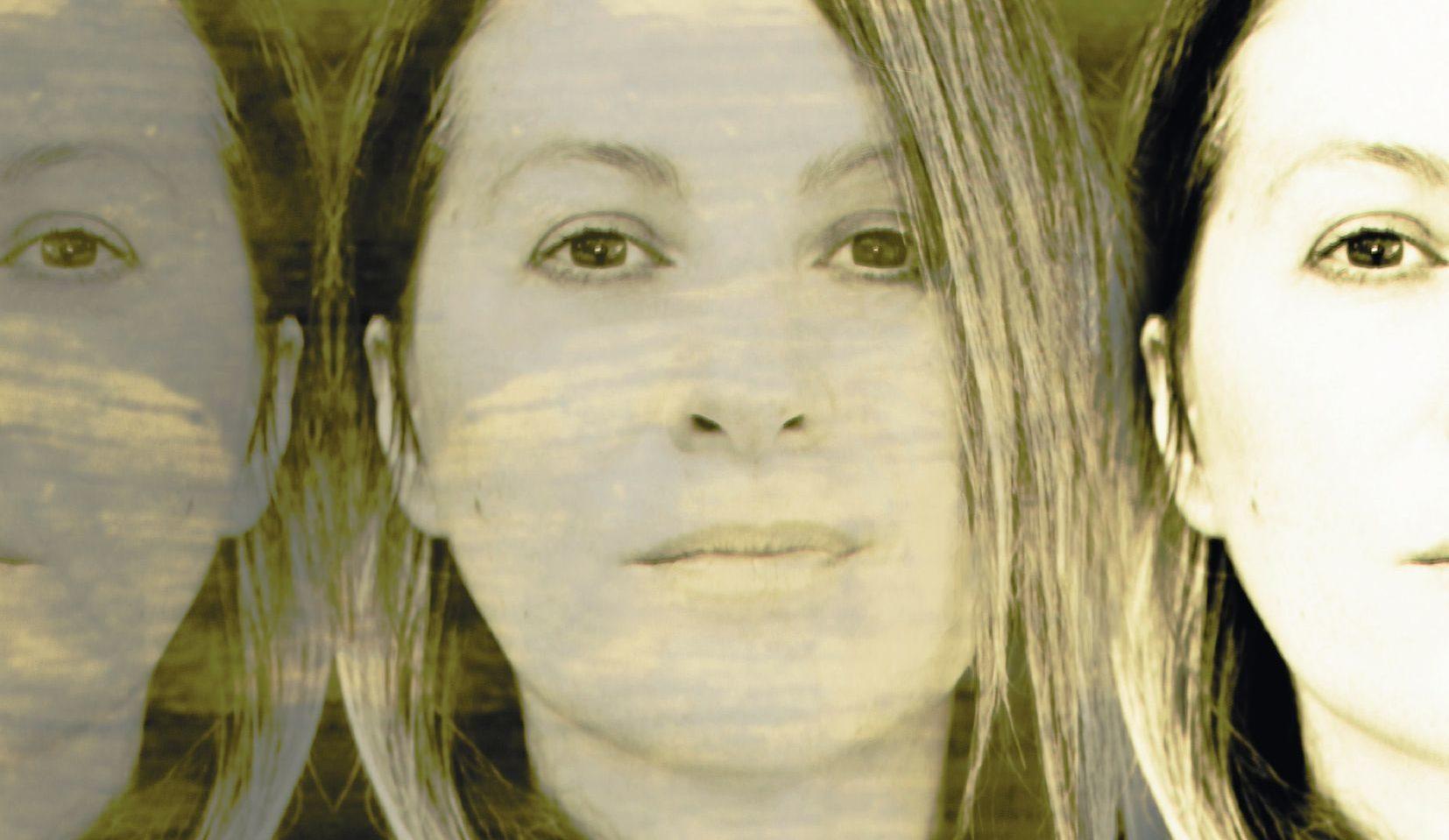 """L'8 marzo esce """"L'attimo sospeso"""", la forza delle donne cantata da Adriana Spuria"""