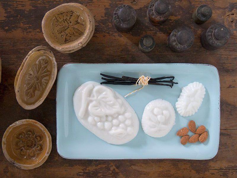 Il dolce della domenica, il Biancomangiare alle mandorle