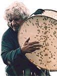 Sotto i cieli aperti di Alfio Antico, il dio tamburo. Giuseppe Attardi: «E' la cultura popolare che si rinnova»