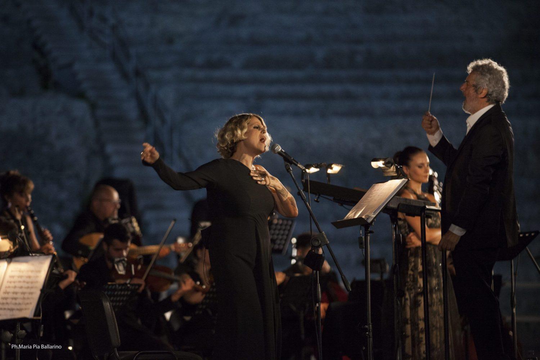 Piovani al Teatro greco di Siracusa: «Dedichiamo il nostro lavoro a Morricone»
