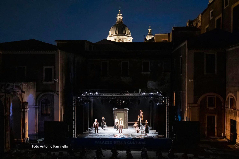 """Con """"Lu cori non'nvecchia"""" di Martoglio, rivisto da Vetrano e Randisi, riparte lo Stabile di Catania"""