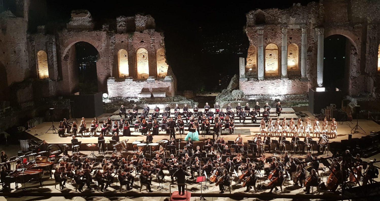 Taormina invoca la Dea Fortuna e risuona con i Carmina Burana
