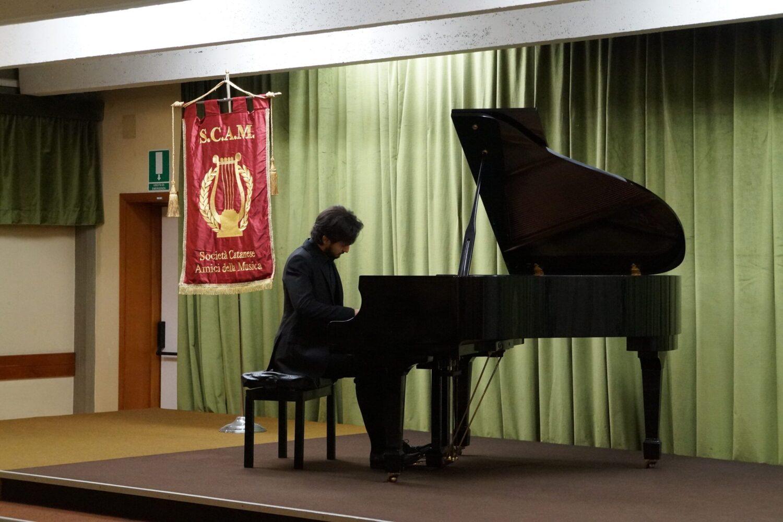 Tra Beethoven e il futuro, la Scam applaude Claudio Bonfiglio