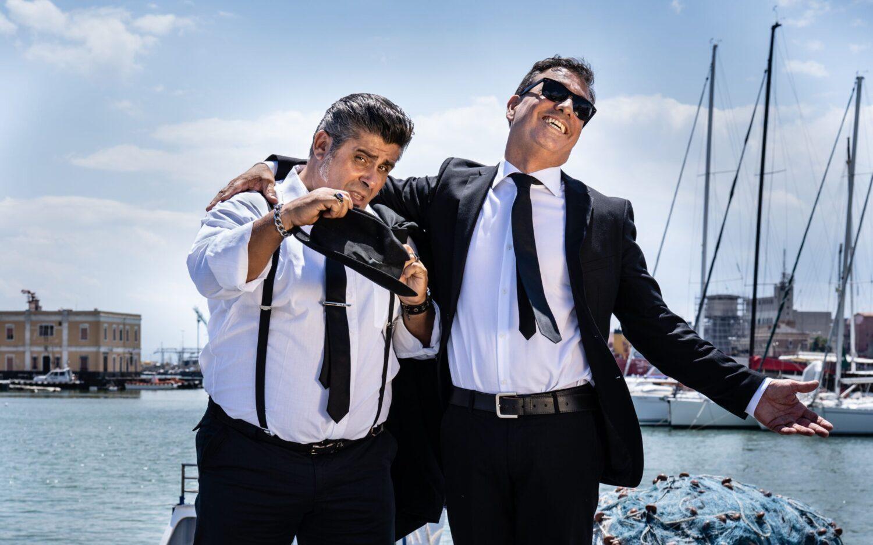 Arrivano Renny e Francois, i Fratelli Noir, sghangherati investigatori di una Catania surreale