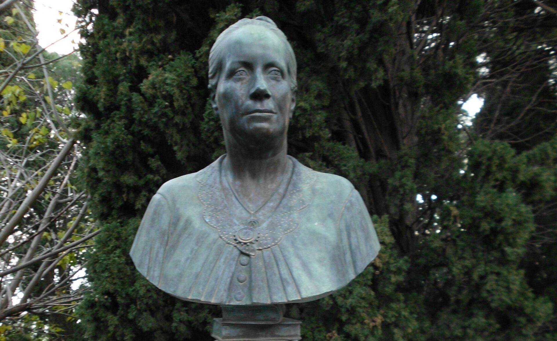 Lady Florence Trevelyan, la nobildonna inglese che inventò la Perla dello Jonio