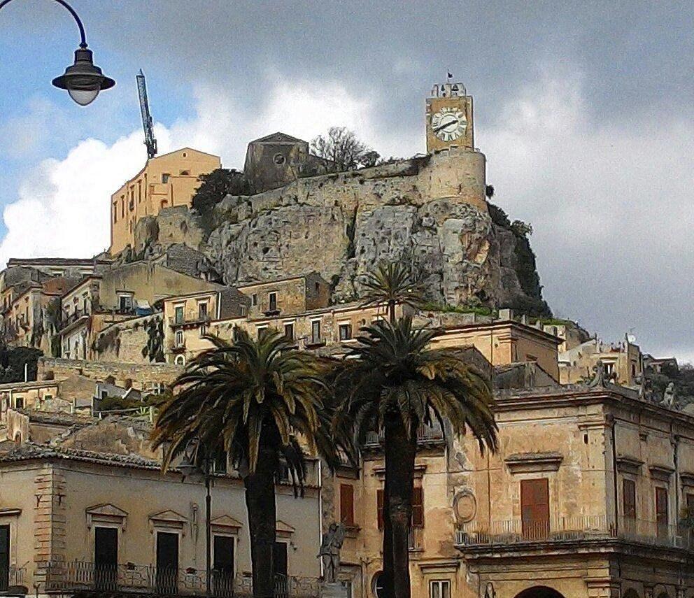 Modica, riaperto al pubblico il Castello dei Conti
