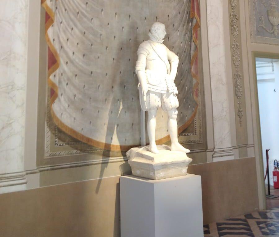 """A Palermo l'antica """"Statua del Re"""" ha trovato una nuova dimora"""